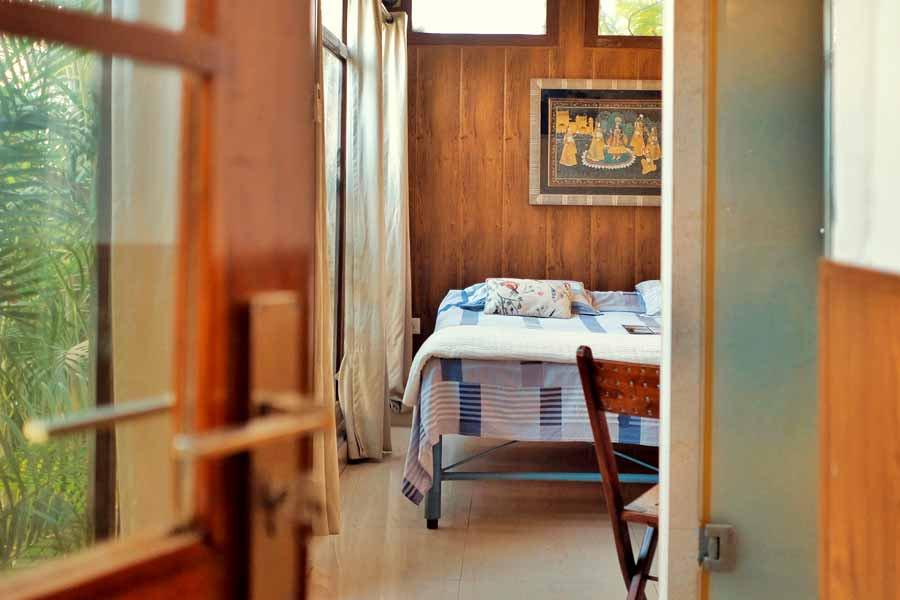 Varanasi Hostel Superior Double Room at ITH