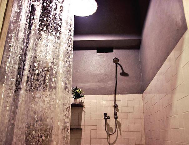 ITH Shared Bathroom